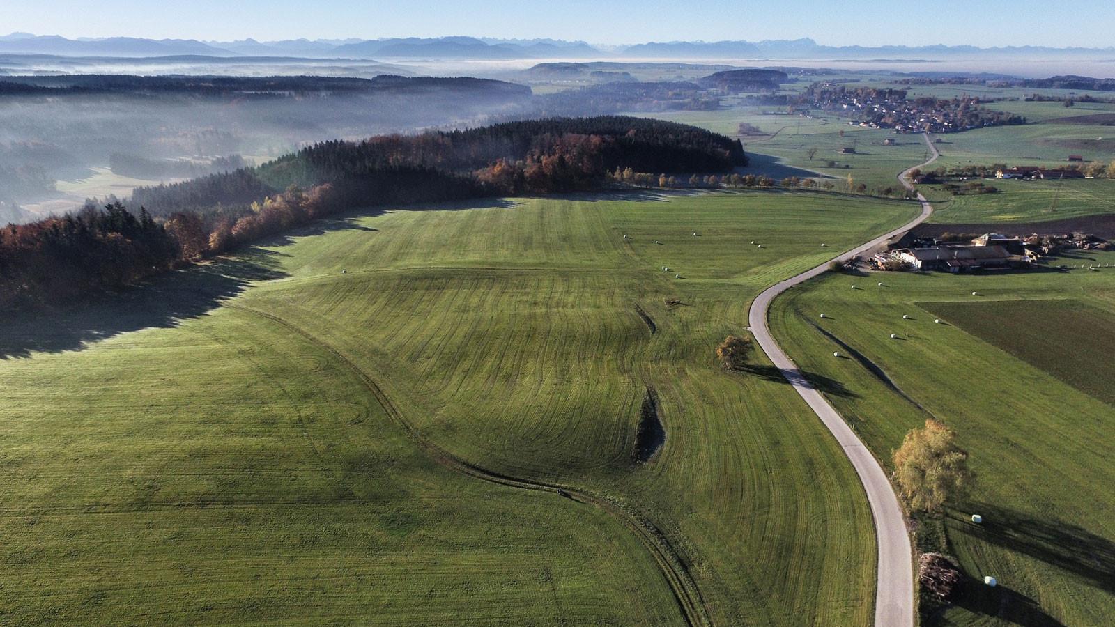 Ludwigshöhe-Blick-in-die-Alpen